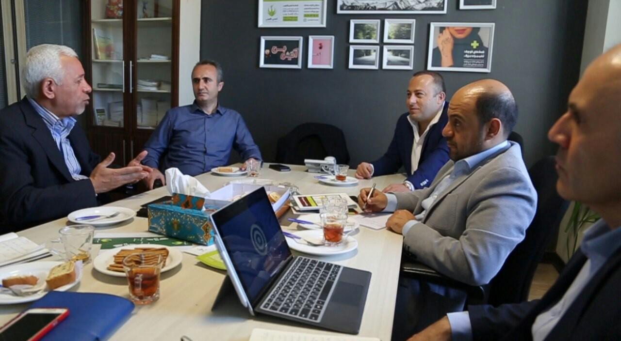 نشست کمکرسانی به انجمن ققنوس برگزار شد