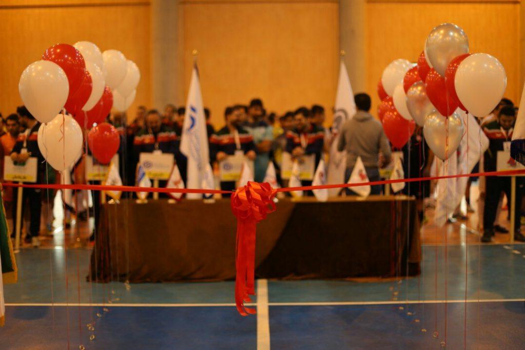 برگزاری افتتاحیه مسابقات فوتسال جام گروه صنعتی گلرنگ به مناسبت شانزدهمین سال تاسیس گروه صنعتی گلرنگ